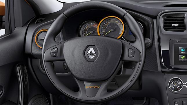 Renault Sandero 2017 Stepway - por dentro