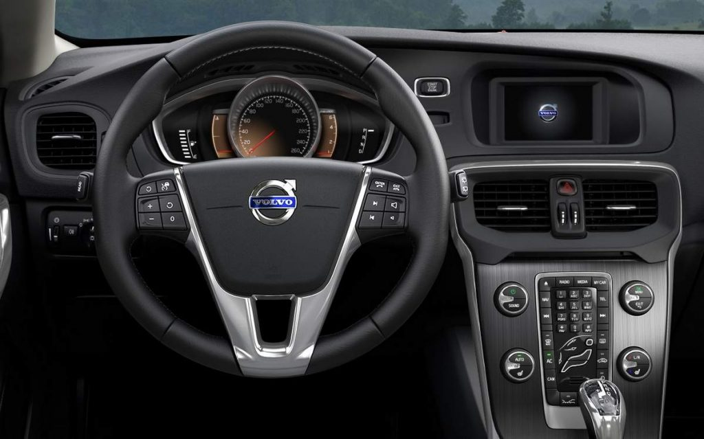 Novo Volvo V40 2017 - por dentro