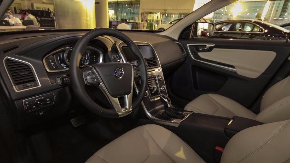 Novo Volvo XC60 2017 - por dentro