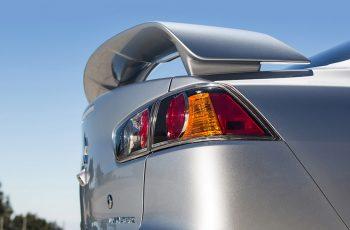 Mitsubishi-Lancer-2017-8