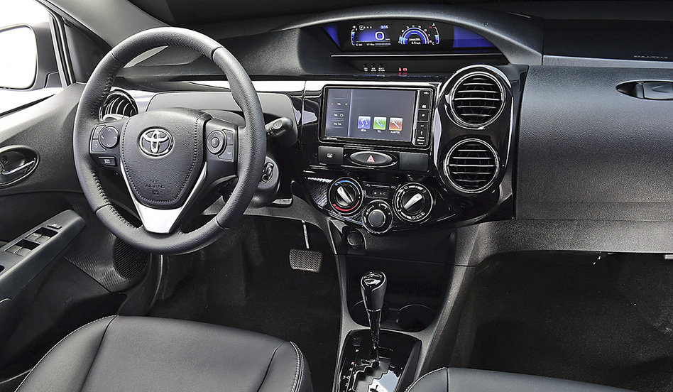 Novo Toyota Etios 2018 - Interior