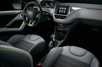 Novo-Peugeot-208-2018-8