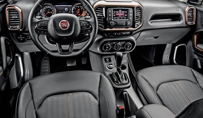 Novo Fiat Toro 2018 - Interior