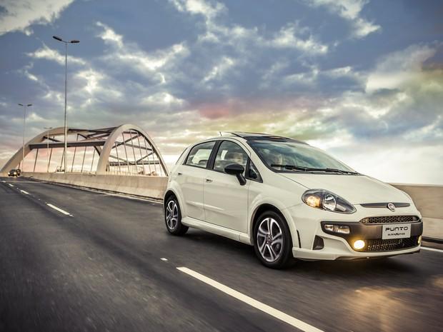 Fiat Argo 2018 ou Novo Punto - Qual é o melhor para comprar?