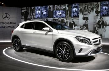 Mercedes-GLA-200-2018-4