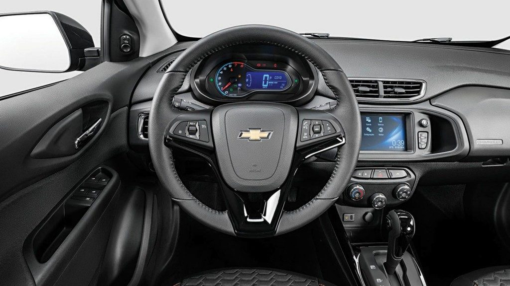 Chevrolet Onix 2019 - interior, por dentro