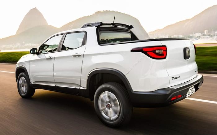 Nova-Fiat-Toro-2019-5