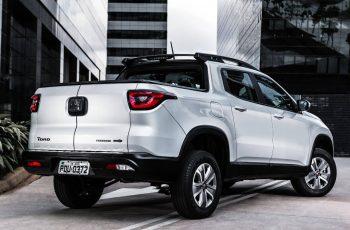 Nova-Fiat-Toro-2019-7
