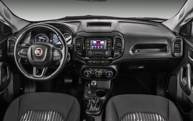 Fiat Toro Freedom 2.4 Flex interior