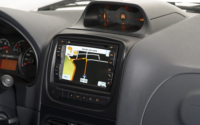 Novo Fiat Strada 2019 - painel, multimídia
