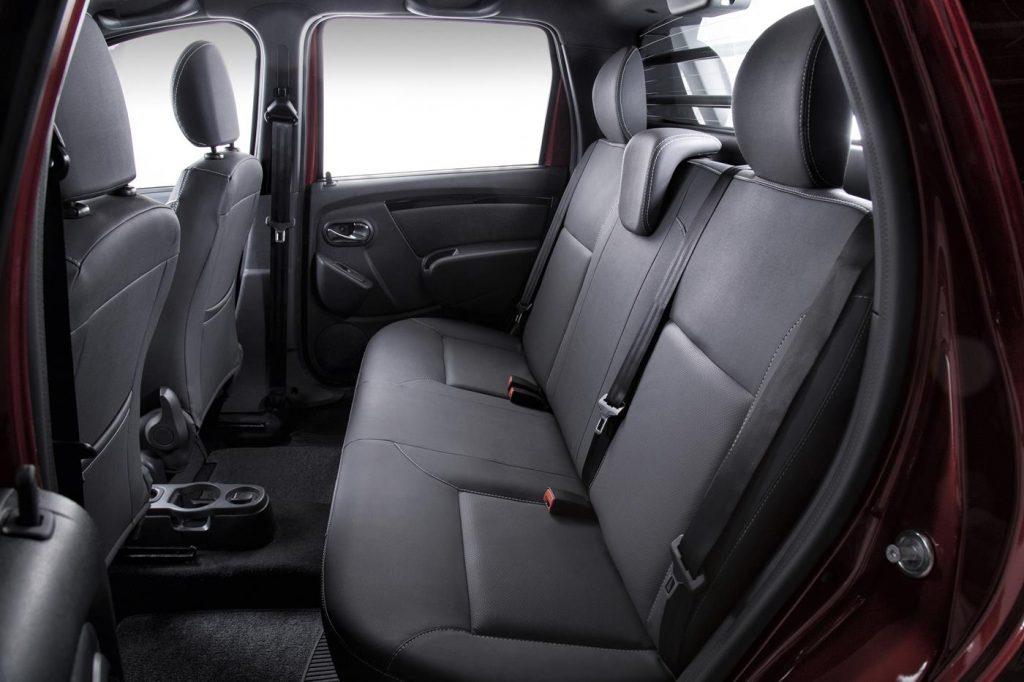 Nova Renault Oroch 2019 - espaço interno