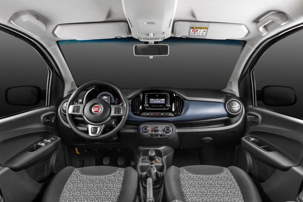 Fiat Uno 2019 - por dentro, interior