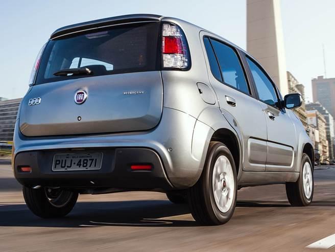 Fiat Uno 2019 - Traseira, porta malas