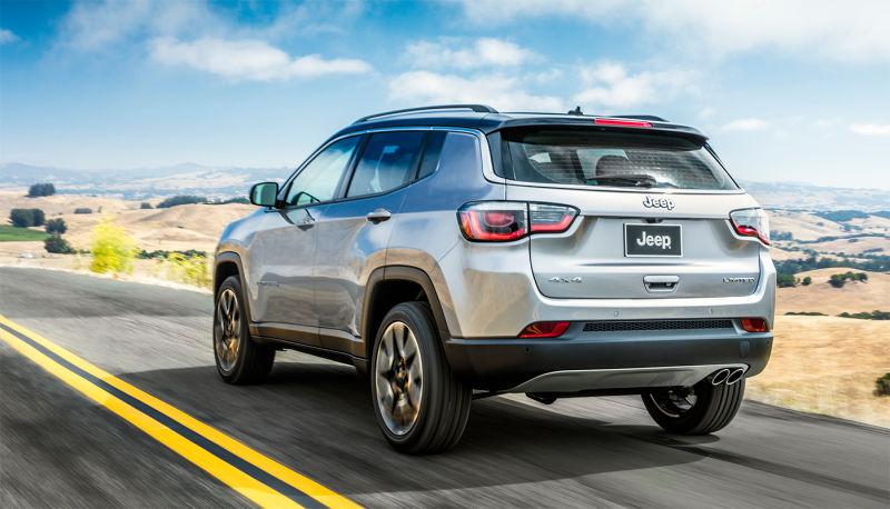Jeep Compass 2019 – traseira, por trás