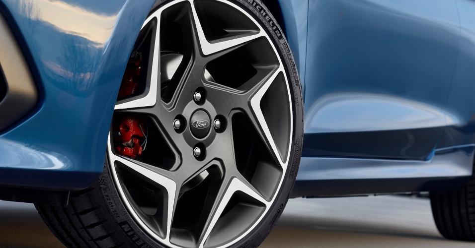 Ford Fiesta 2019 - Roda de liga leve
