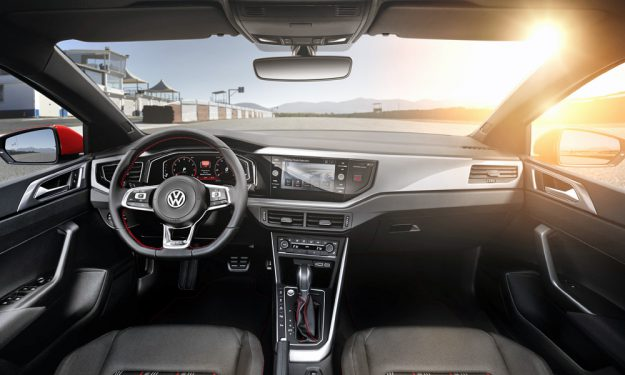 Polo 2019 - interior, painel, por dentro
