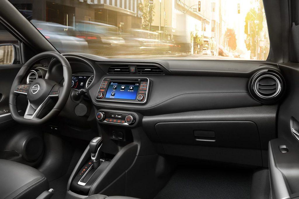 Nissan Kicks 2019 - interior, por dentro, espaço interno