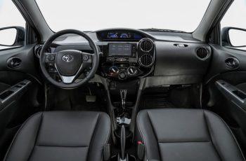 Novo-Toyota-Etios-2019-4