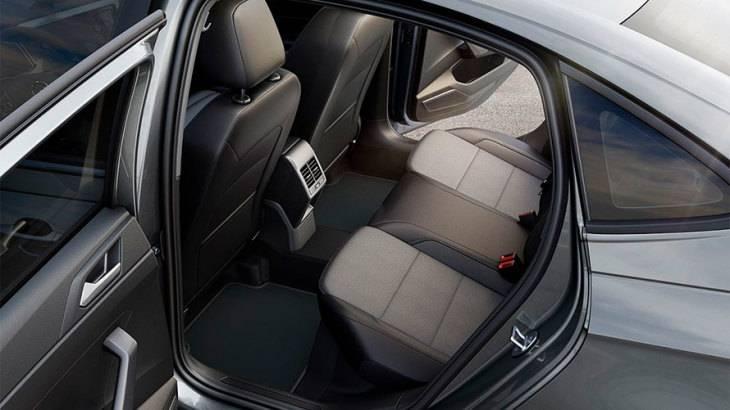 VW Virtus 2020 - por dentro
