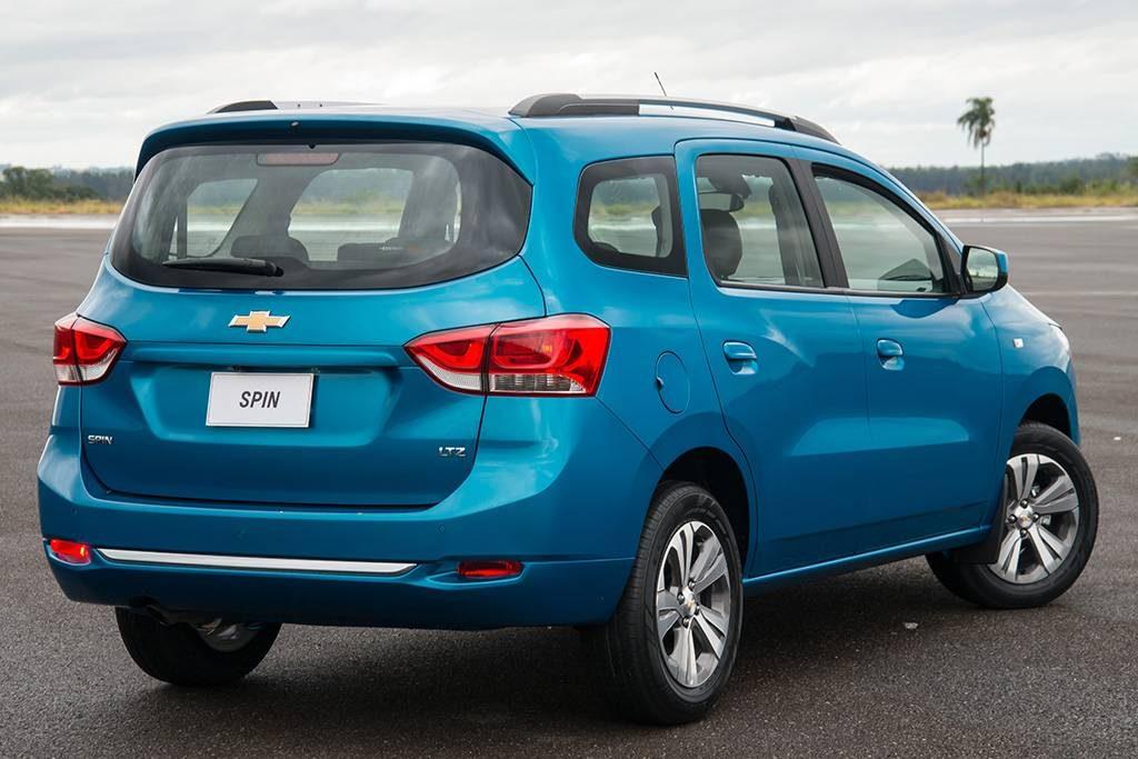 Novo Chevrolet Spin 2020  - traseira