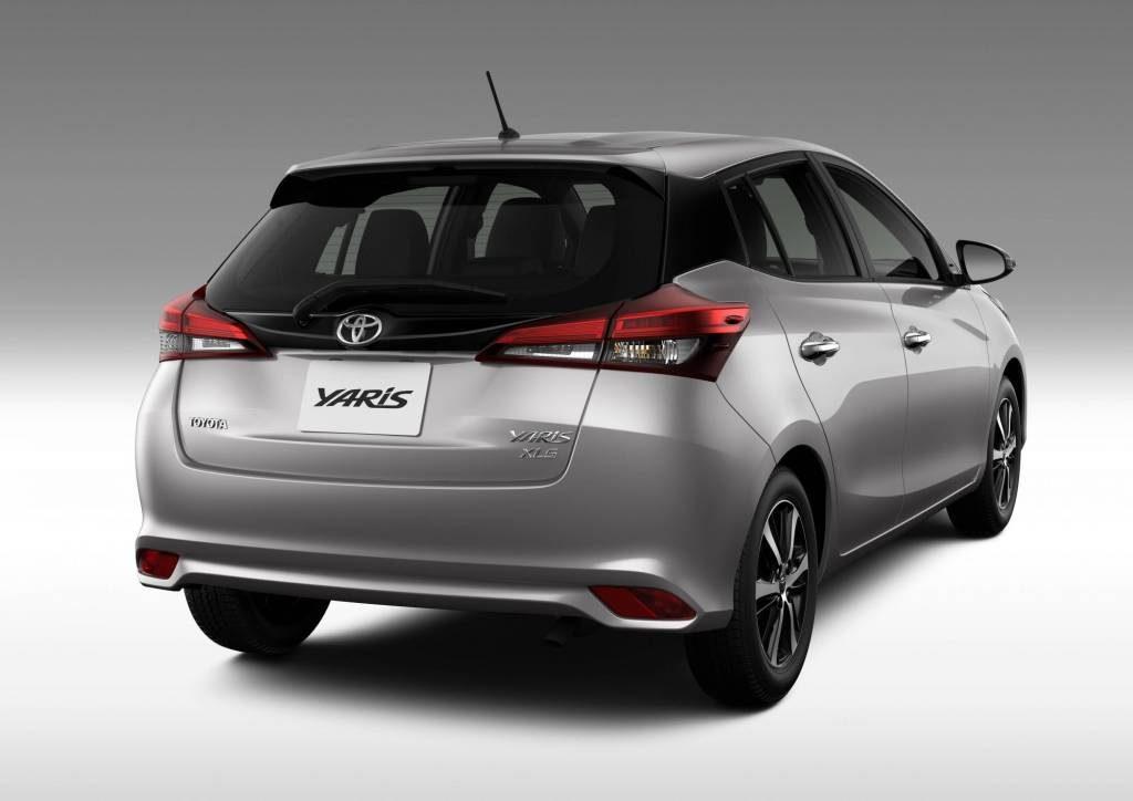 Novo Toyota Yaris 2020 - Traseira