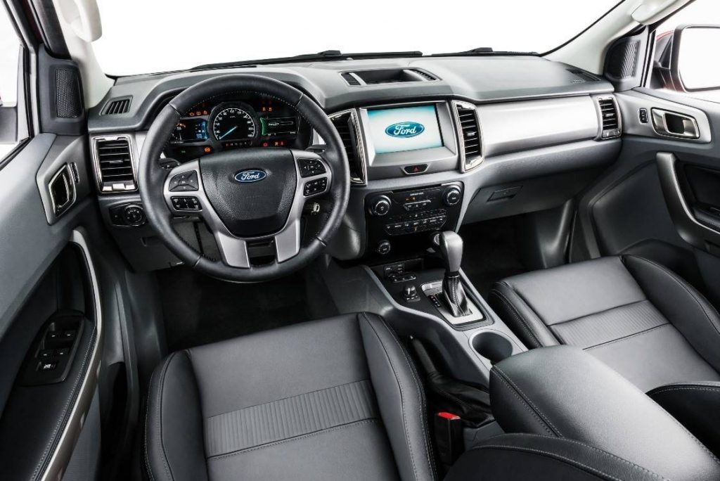Ford Ranger 2020 - Volante, multimídia, painel