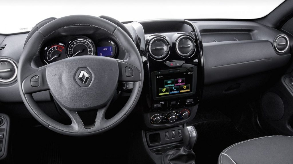 Renault Duster Oroch 2020 - Painel, volante, kit multimídia