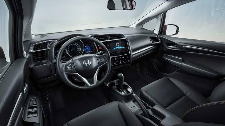 Novo WRV 2020 - Interior, por dentro, volante