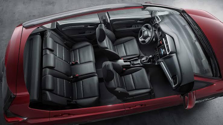 Honda WRV 2020 - Interior, é espaçoso