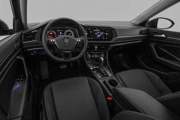 Novo Jetta 2020 - por dentro, itens de série, câmbio, volante